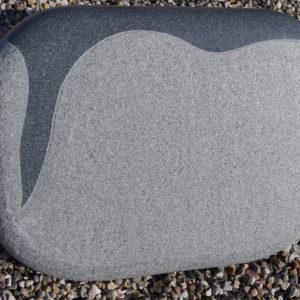 Stenshoppen.dk | Gravsten Pedang Dark New Afrika granit med poleret Bramme