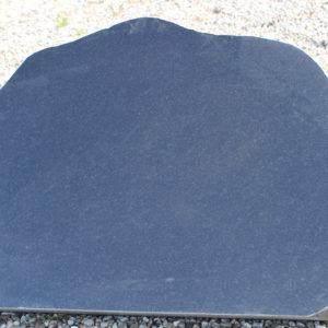 Stenshoppen.dk | Gravsten Sortsvensk 86cm x 63cm