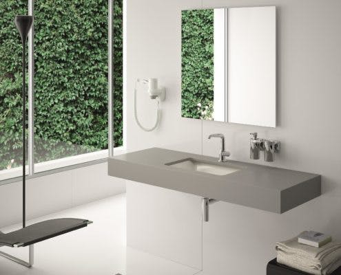 Stenshoppen.dk   Bordplade til bad. Silestone© med underlimet porcelænsvask. Ligekant 1,2cm. H-Line collection.